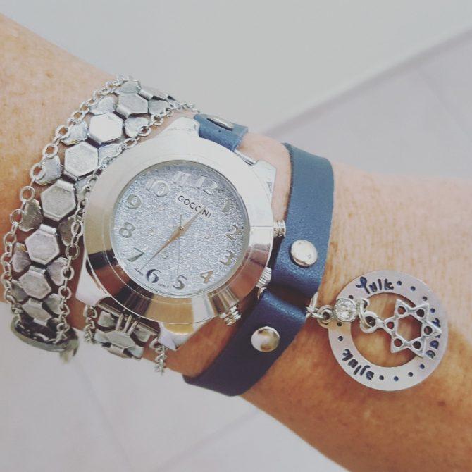 שעון משולב עור ושרשראות